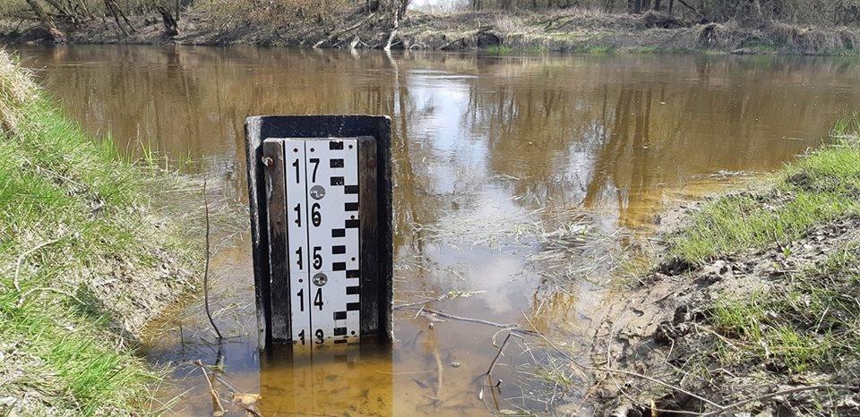 pomiar stanu wody we Włodawie
