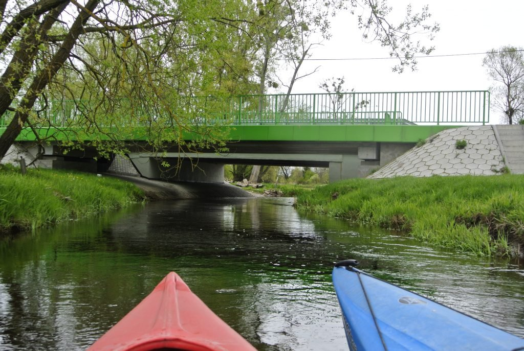 Most na rzece Hanka we wsi Hanna w ciągu drogi 816.