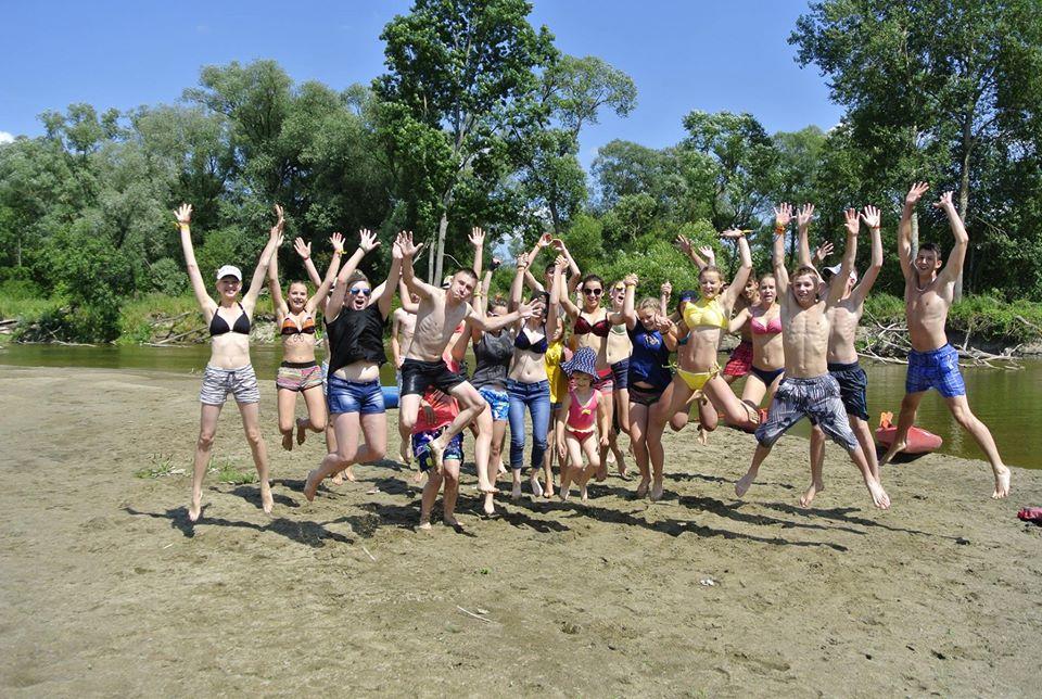 Spływy szkolne po Bugu w okolicy Włodawy. Kajaki Włodawa - zorganizowane spływy Bugiem