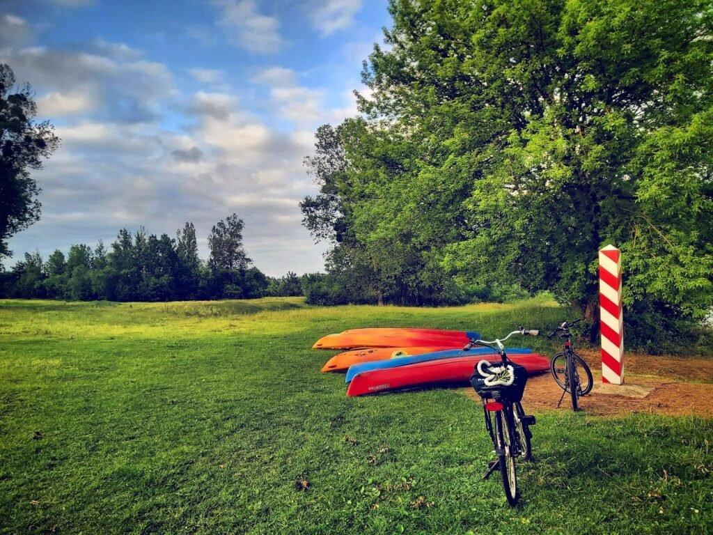kajaki rowery, green velo, kajaki nad Bugiem, spływy Bugiem,, kajaki bug, przygoda nad Bugiem