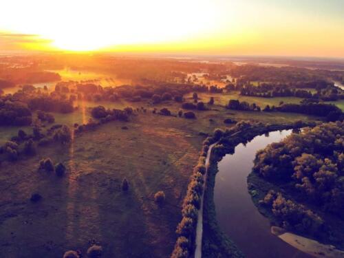 wschód słońca nad Bugiem, kajakowa przygoda, widok na dolinę bugu