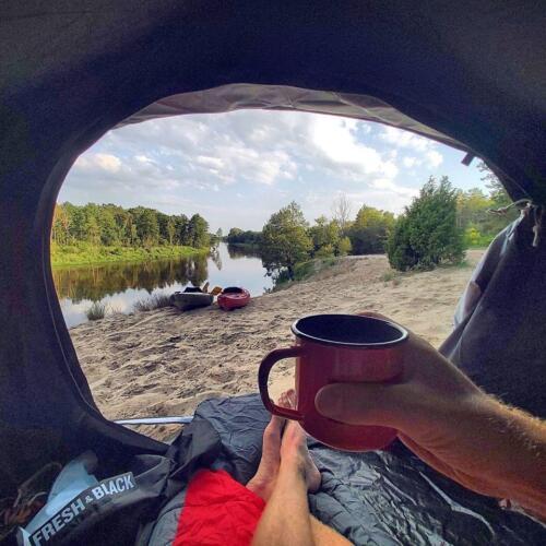 nocleg nad Bugiem, wypoczynek nad bugiem, kajaki nad Bugiem, kajakowa przygoda, kawa nad bugiem, aktywny wypoczynek, malownicza rzeka Bug