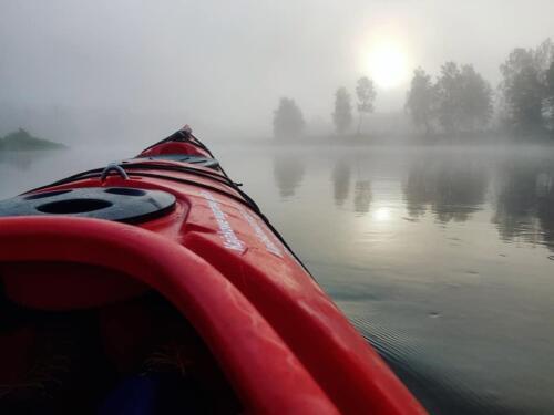 listopad w kajaku, jesienny spływ Bugiem, kajak na Bugu, kajakiem po Bugu, kajakowa przygoda, spływ Bugiem, aktywny wypocznek