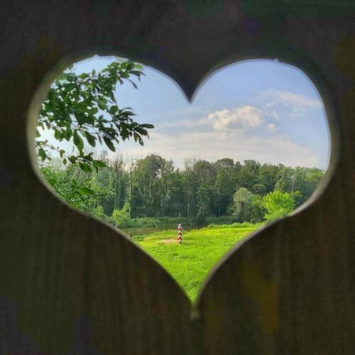 serce, Różanka, latryna, znak graniczny nad Bugiem