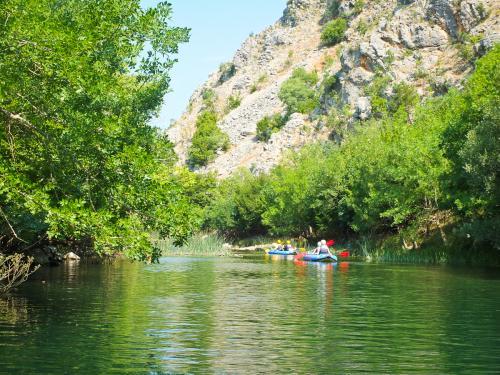 chorwacja-splyw-rafting (20)