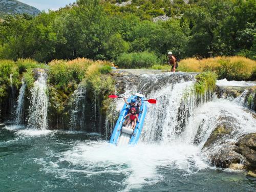chorwacja-splyw-rafting (39)
